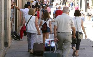 Aloja Segovia retira sus acusaciones sobre la influencia de la hostelería en el PEAHIS