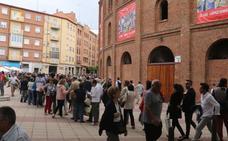 Colas para recuperar el dinero de la corrida de rejones suspendida en Valladolid