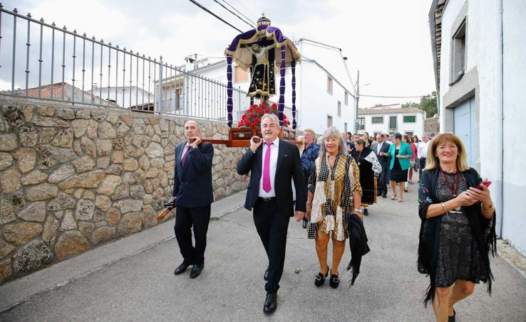 El Cristo de la Valvanera vuelve a la ermita en Sorihuela