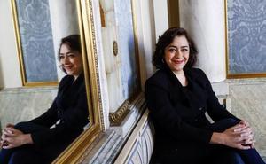 María Isasi: «Ver a los grandes del teatro es como ir a misa, porque te nutre el alma»
