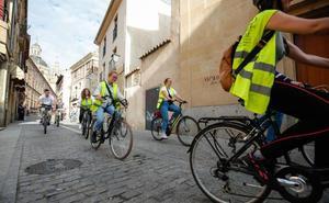 La Semana de la Movilidad comienza con una ruta guiada en bici por el centro histórico