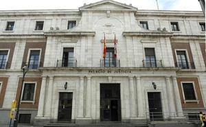 Un joven pacta una condena de 5,5 años tras reconocer que abusó sexualmente de un menor en Valladolid