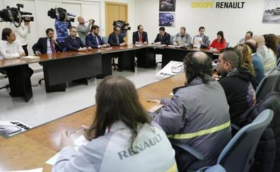Los sindicatos piden a Renault un mayor control de las horas extras para preservar el empleo