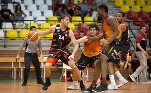 El Aquimisa Carbajosa se lleva el primer derbi ante la Usal La Antigua y se mete en la siguiente ronda de la Copa EBA (84-49)