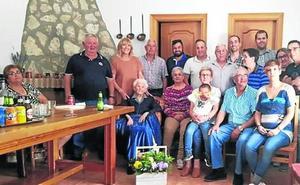 La abuela de Alcazarén cumple 100 años