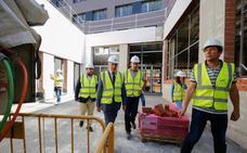 El Ayuntamiento extenderá el modelo del centro Victoria Adrados a más barrios