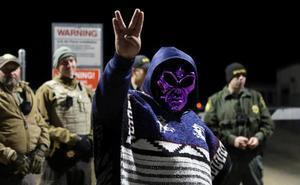 Fanáticos de los extraterrestres se congregan cerca de la mítica 'Area 51' de EE UU