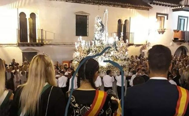 La Fiscalía investiga los comentarios «xenófobos» de Vox sobre la reina de las fiestas de Otura
