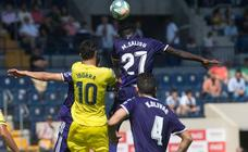 La mayor ambición del Villarreal le da el triunfo ante el Valladolid (2-0)