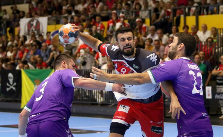 Empate entre Balonmano Nava y Guadalajara (27-27)