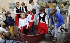 Los niños, protagonistas de la Fiesta de la Vendimia de Curiel de Duero