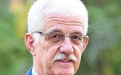 Francisco Vázquez contrata al exsenador Represa como asesor en las Cortes