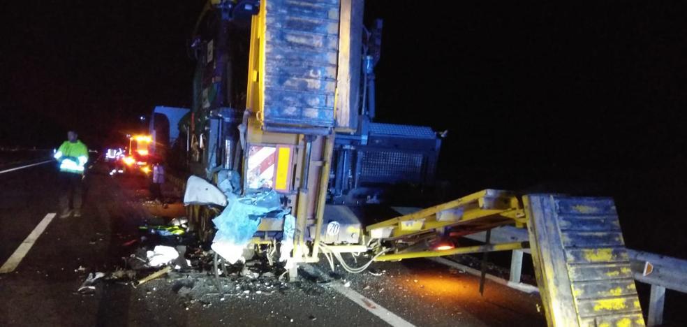 Un camionero salmantino y un menor búlgaro, entre los tres fallecidos en el accidente de Zamora