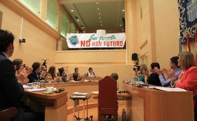 El Ayuntamiento elaborará en un año un plan municipal de lucha contra el cambio climático
