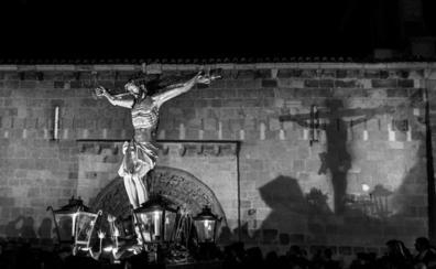 Una serie de fotografías de Zamora gana el concurso Semana Santa en Castilla y León
