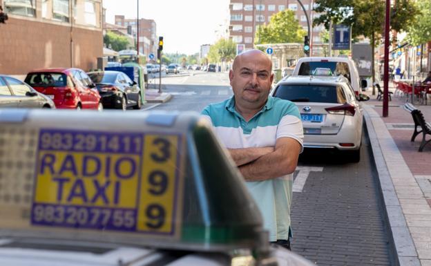 «Patinetes y bicicletas no son competencia para el taxi, pero hay que regularlos»