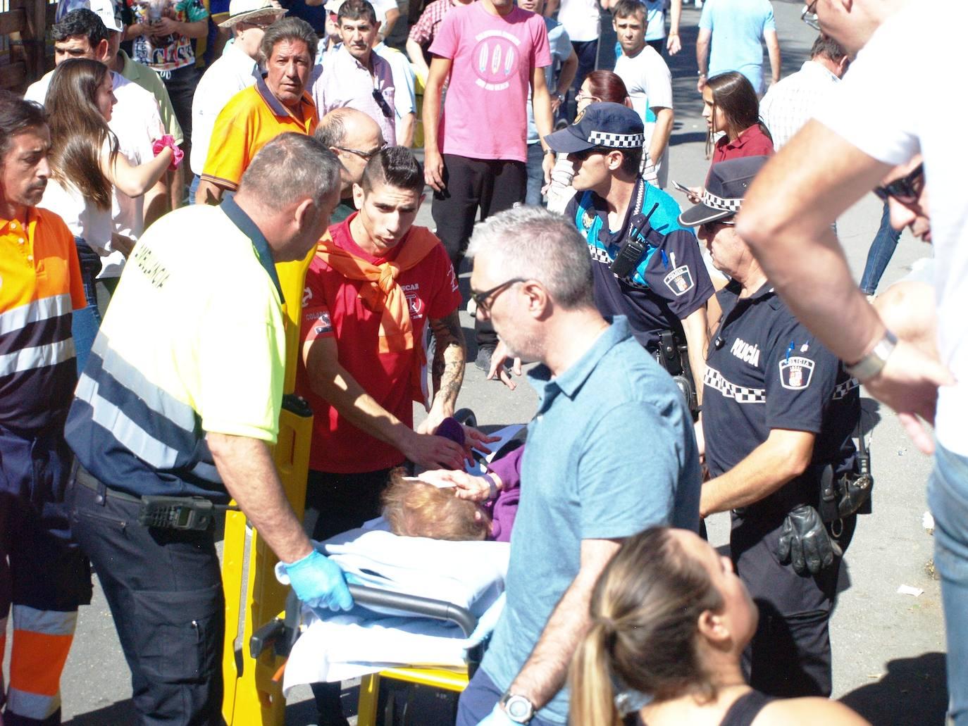 Dos mujeres heridas en el encierro de Íscar tras romper el toro la talanquera
