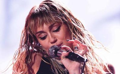 Miley Cirus arremete contra sus ex