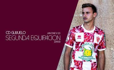 El CD Guijuelo presenta la nueva 'jamoneta 2.0' para la temporada 2019-2020