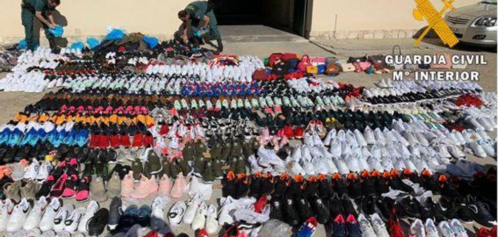 Tres detenidos en Valladolid por la venta de productos falsificados valorados en 28.000 euros