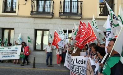 Las protestas por la recuperación las 35 horas estallan contra los «dos gobiernos de la Junta»