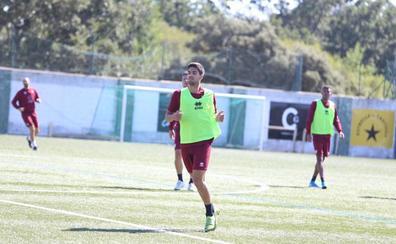 El CD Guijuelo viaja a León para enfrentarse a una Cultural «que incluso ha mejorado como equipo»
