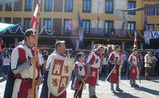 Tordesillas evoca su pasado con los 150 puestos del mercado medieval