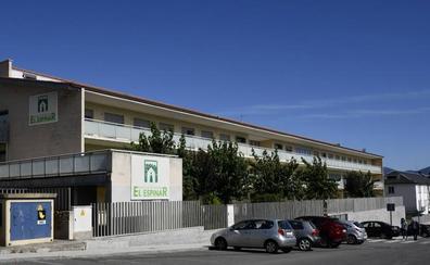 «Ningún día ha estado el centro sin enfermeras», asevera la gerente de la residencia de El Espinar