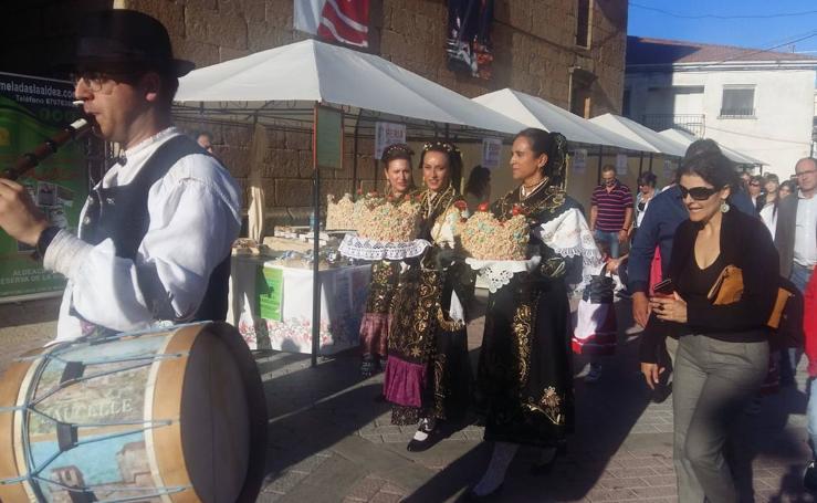Saucelle celebra la Feria de la Almendra