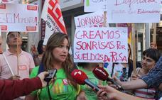 Concentración de trabajadores de escuelas infantiles en Valladolid