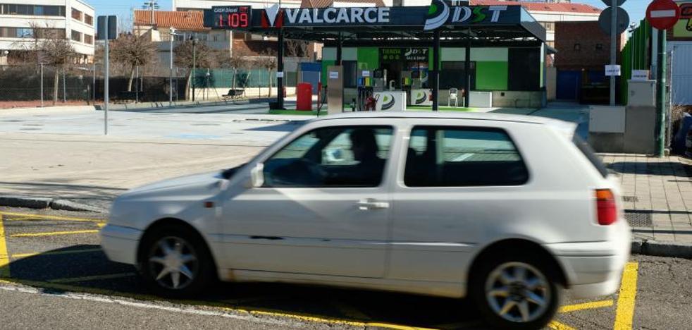 El Procurador del Común pide el control de ruidos y gases en la gasolinera de Arca Real en Valladolid