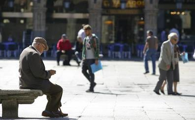 Casi 11.000 personas mayores de 65 años están en riesgo de pobreza en Salamanca