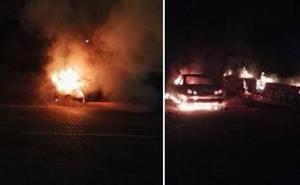 Los Bomberos de Valladolid sofocan el fuego en dos coches de alta gama la pasada madrugada