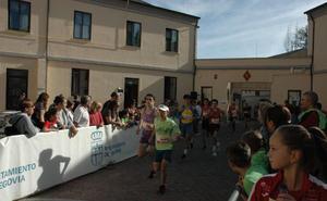 Cerca de 200 deportistas participan en el Cross Virgen del Pilar