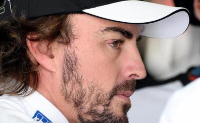 Alonso cae en una zanja por una 'trampa' del libro de ruta