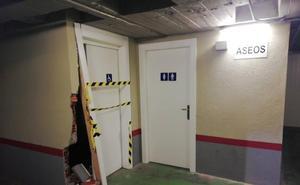 Derriba el aseo del subterráneo de la Plaza Mayor