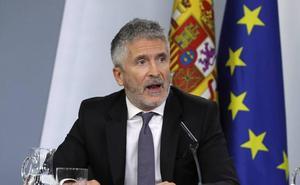 Marlaska condecora al general de la Guardia Civil más beligerante con el «independentismo supremacista» catalán