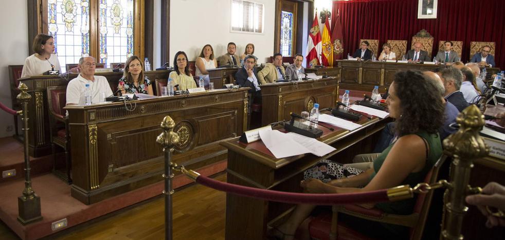 La Diputación de Valladolid gasta una media anual de 54.476 euros en viajes y dietas