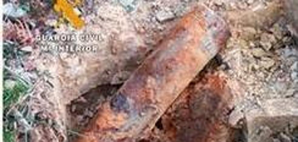 Desactivan un proyectil de artillería de la Guerra Civil en Montemayor de Pililla