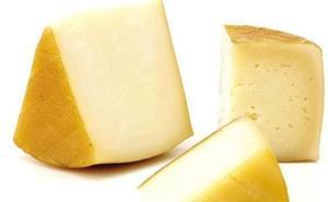Sanidad retira trece nuevos lotes de queso de leche cruda de vaca procedente de Francia por presencia de listeria