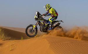 Santolino dice adiós a sus opciones en el Rally de Marruecos tras sufrir problemas con el carburante