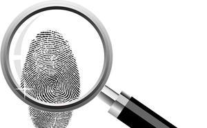 Una huella dactilar en un robo en Segovia permite esclarecer otro cometido hace cinco años en un bar de Íscar (Valladolid)