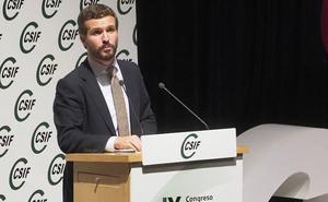Casado se «compromete» en Valladolid a aumentar la oferta de empleo y reforzar la administración