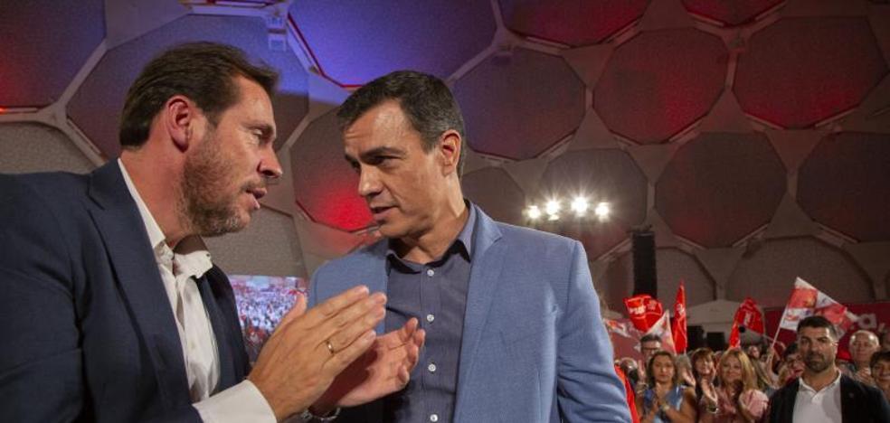 Pedro Sánchez lanza la campaña del 10N aupado en su cúpula talismán