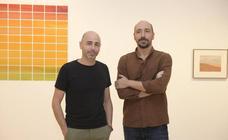 El fotógrafo José Guerrero y el pintor Nico Munuera presentan la exposición 'Paisajes del límite' en el Patio Herreriano de Valladolid