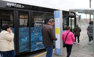 Luquero asegura que el servicio de autobuses urbanos «aún está en periodo de ajuste»
