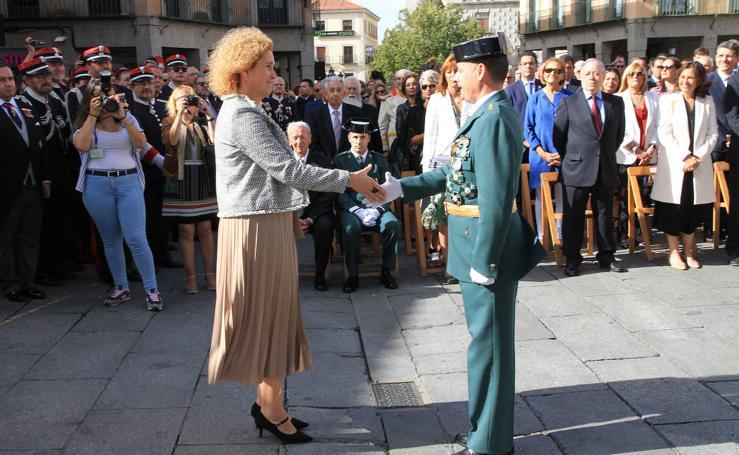 Fiesta de la Guardia Civil en la plaza del Azoguejo de Segovia