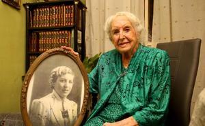 Rosario cumple 106 años en Valladolid: «¡Cómo se ha pasado el tiempo!»