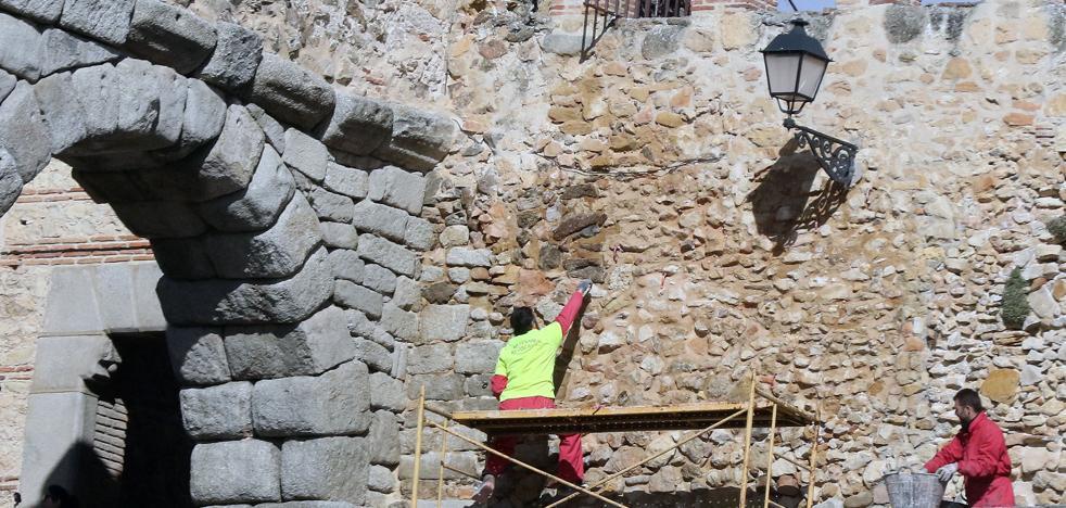 El Ayuntamiento restaurará la muralla en el tramo del Postigo del Consuelo
