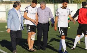 Posibles graves lesiones de Uxío y Martín Galván en el Salamanca CF UDS en el derbi en Guijuelo (1-2)